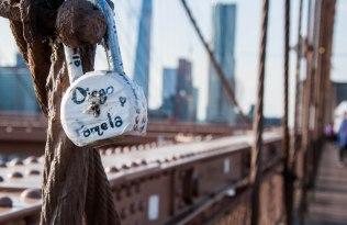 Liefde vereeuwigd op de Brooklyn Bridge
