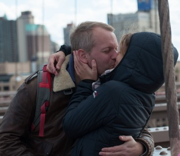 Just a kiss, Brooklyn Bridge